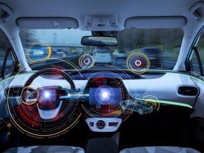 Apple lucrează la primul său autovehicul autonom