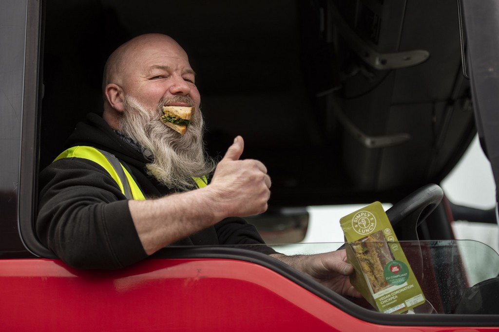 Lorry drivers given free vegan sandwiches that can't be confiscated by EU customs