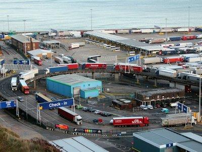 Casele europene de expediții au început deja să evite contractele de transport către Marea Britanie