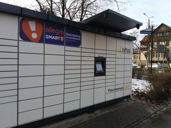 Brawurowy debiut InPostu na giełdzie w Amsterdamie. Wartość spółki większa od KGHM