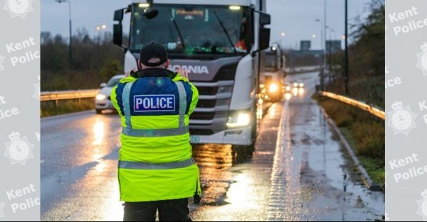 Pierwsze kary dla kierowców po Brexicie. Dotknęły już 84 truckerów