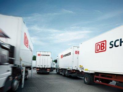 DB Schenker a anunțat că întrerupe temporar livrările către UK