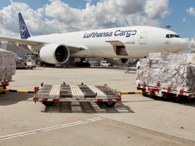 Lufthansa wprowadza dopłatę za obsługę ładunków na trasie Wielka Brytania – UE