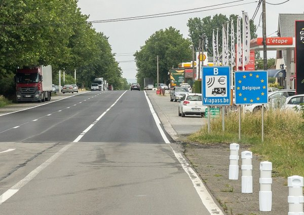 """Belgium's covid restrictions require truckers to fill in """"declaration of honour"""" forms"""