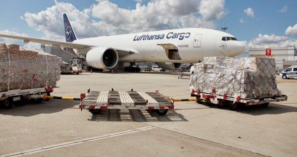 A Lufthansa felárat vezet be a rakományok kezelésére az Egyesült Királyság – EU közötti útvonalon