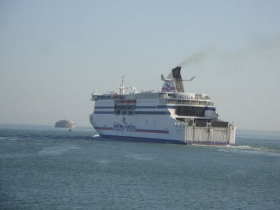 More Ireland-France ferry routes added as Rosslare Port's EU freight volume rises 500%