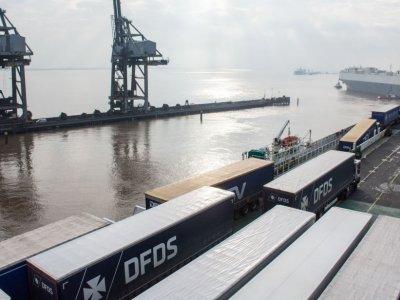 Dania wymaga negatywnego wyniku testu na COVID-19 od kierowców przypływających z Wielkiej Brytanii