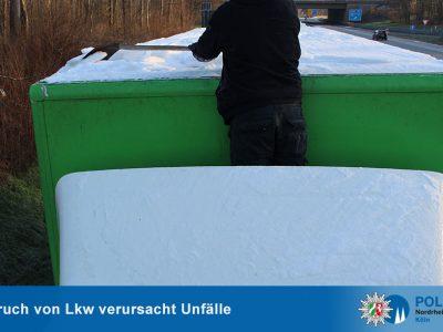 Vokietijos policija įspėja: vežėjui taip pat gali būti skiriama bauda už sniego nuo priekabos nepašalinimą