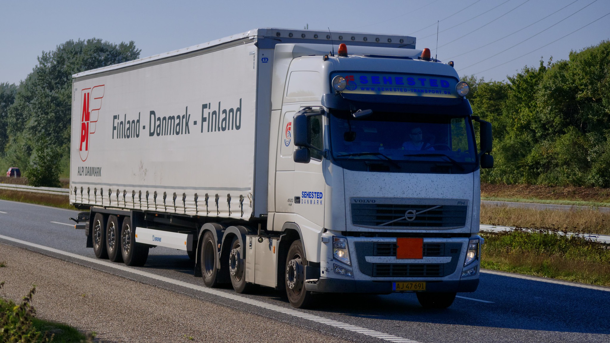 Finland's logistics association says rule-abiding carriers are being disadvantaged
