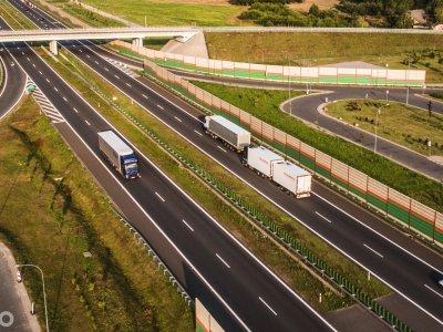 Tik 0,04 proc. Europos sunkvežimių yra netaršūs. ES neatitinka savo reikalavimų