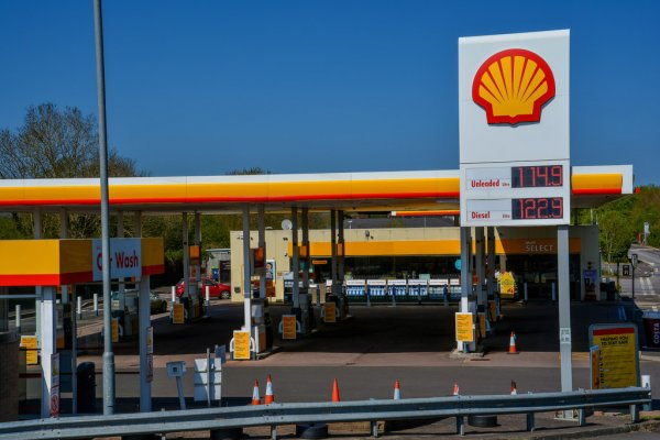 Logistics UK urge government to freeze fuel duty and invest in HGV training
