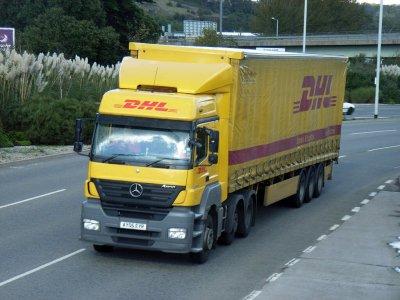 Șoferii DHL din Liverpool primesc majorări salariale după zece zile de protest