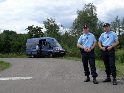 Комендантский час и справки для профессиональных водителей во Франции. Обзор текущих требований