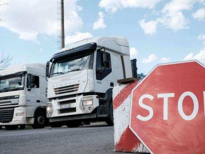Vasarį ir kovą sunkvežimiams taikomi šventiniai eismo apribojimai [2021]