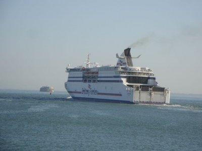 Noi rute de feribot Irlanda – Franța adăugate pe fondul unei creșteri cu 500% a volumelor de marfă în portul Rosslare