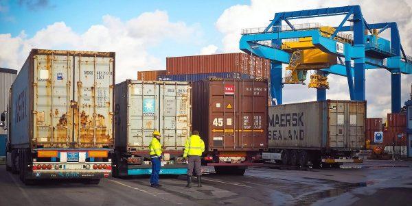 Рекорды в контейнерах. Рост транзитных перевозок по Новому шелковому пути составил 34 проц.