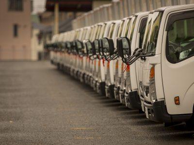 Niedobory ciężarówek będą się utrzymywać nawet po pandemii. Koronawirus przyspieszył niepokojące zmiany na rynku