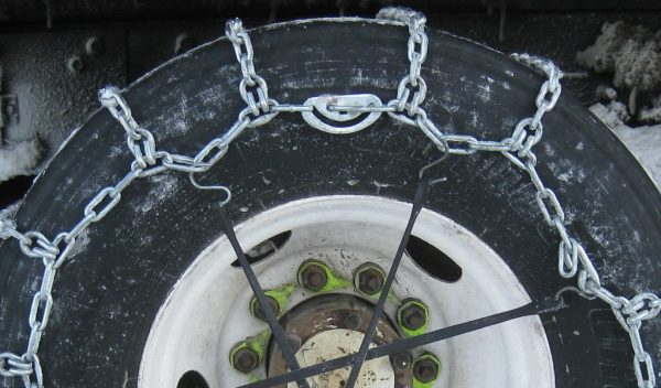 Lorry driver fined €1,000 for not using snow chains in Norway