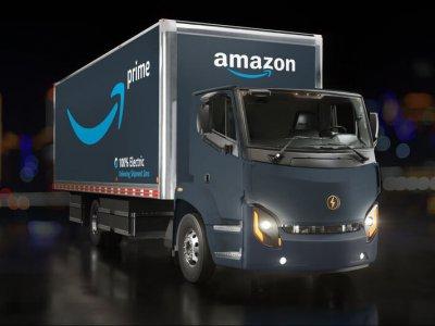 Amazon achiziționează 1000 de camioane pe GNL