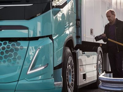 National Infrastructure Commission wants UK to phase out diesel HGVs by 2040