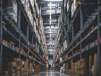 WMS-y w dobie boomu na e-commerce. Co się zmienia i jak wybrać najlepszy?