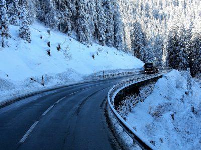 Ungewöhnlich strenge Strafe für Lkw-Fahrer wegen fehlender Schneeketten