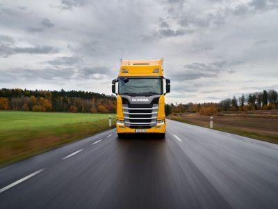 """Geriausio sunkvežimio titulas šiemet atiteko """"Scania 540 S"""" vilkikui"""