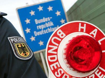 Sąsiedzi Polski wprowadzają zmiany na granicach. Niemcy uruchomili kontrole, zatory na autostradzie w Czechach [LIVE]