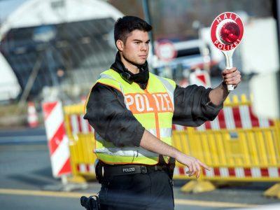 Германия продлевает пограничный контроль