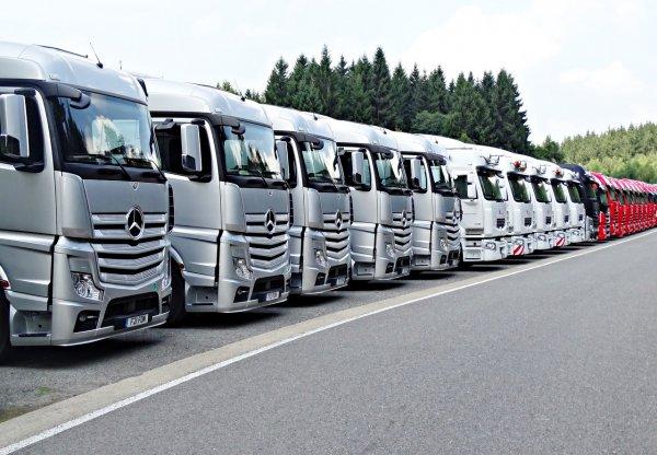 Áttörés teherautó-kartell ügyben: 200.000 jármű tulajdonosa kap esélyt kártérítésre