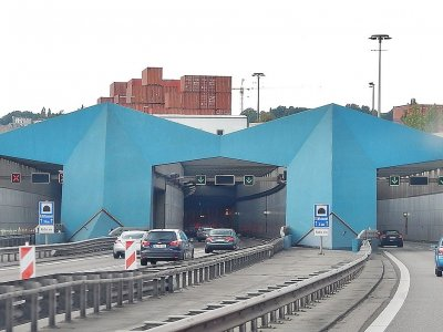 4-day closure of A7 Elbetunnel set to cause severe traffic disruption