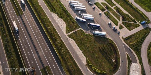 Запреты движения грузовиков в Чехии в 2021 г. Проверьте, когда вы не сможете ехать