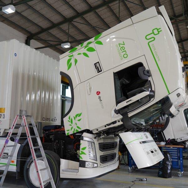 Plusz 1 méter hely az aksinak – így 760 km-t tud menni az elektromos teherautó