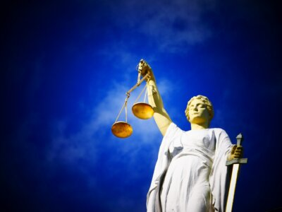 """Wyrok na przewoźnika w sprawie SENT uchylony przez """"liczne uchybienia"""" śledczych"""