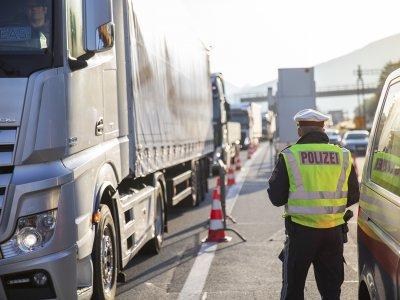 Austria I Operațiunile de control în bloc pentru camioane vor fi efectuate în Tirol până la finalul anului