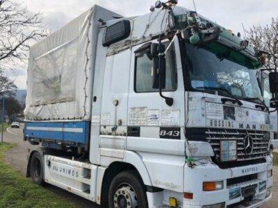 Verkehrskontrollen: Dieser merkwürdige Lkw konnte der Aufmerksamkeit der Polizeibeamten nicht entgehen
