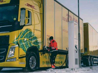 DHL Freight și Volvo Trucks fac pași importanți către electromobilitate
