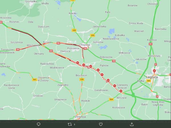 Seria wypadków na A4. W jednym zderzyło się dziewięć ciężarówek, droga zablokowana