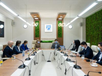 CNAIR a semnat contracte de cesionare pentru 20 de ani cu Rompetrol Downstream și MOL România