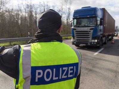 Germania I Un șofer român a fost nevoit să intre în carantină…în cabina camionului