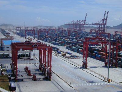Азия доминирует в рейтинге крупнейших портов. Европейские порты выпали из ТОП-10