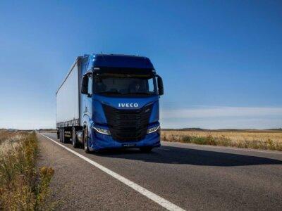 Iveco Poland podpisało umowę na dostawę 350 pojazdów. Wśród nich – wiele na gaz