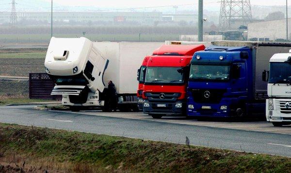 Sunkvežimių eismo apribojimai Lenkijoje 2021 m. Patikrinkite, kada jie galioja