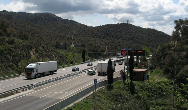 Spanish authorities to work together to thwart rogue hauliers
