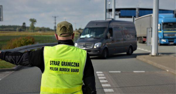 Новые правила въезда в Польшу из Чехии и Словакии. Посмотрите, какие водители освобождаются от этих