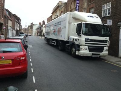 Sunkvežimių rinkliavos sustabdymas Didžiojoje Britanijoje. Valdžia priėmė sprendimą dėl jos įsigaliojimo pratęsimo