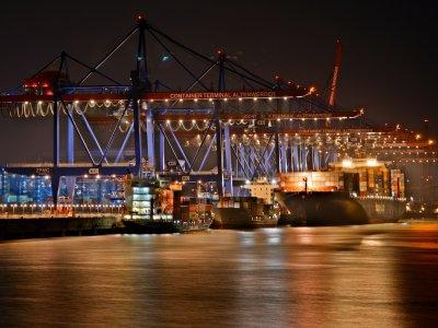 Arbeitsintensive Geschäfte im Seeverkehr