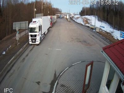 """На границе Литвы с Беларусью застряло более 1600 грузовиков. """"Одни сутки простоя обходятся грузовику в 300 евро"""""""