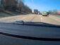 Na autostradzie kontener odłączył się od ciężarówki. Szybki manewr kierowcy osobówki pozwolił uniknąć tragedii