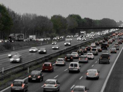 """Dániában lefoglalhatják és eladhatják a teherautót, ha a járművezető """"vakmerően"""" vezet"""